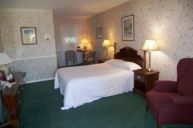 Cedar Crest Inn accommodation